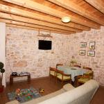 Dalmatian Stone House,  Krapanj
