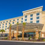 DoubleTree by Hilton North Charleston - Convention Center, North Charleston