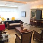 Hotel Pictures: Apartamento 4 Quartos Icarai, Niterói