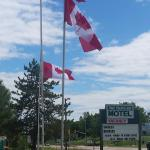 Hotel Pictures: Time Travellers Motel, Petawawa