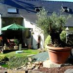 Hotel Pictures: La Grande Fontaine, Jugon Les Lacs