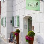 Hotel Pictures: Landhotel Herrenhof, Rennertshofen