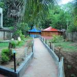 Puleys Balmoral Hotel And Rest House,  Irampaikkulam