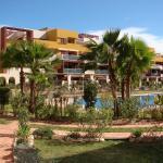 Hotel Pictures: Apartamento en Playa Flamenca (residencial El Bosque), La Florida