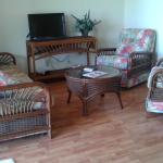Hotel Pictures: Hideawaybahamas Village Apartment, High Rock