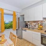 Apartments Roza, Mlini