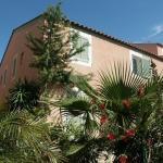 Hotel Pictures: Echappée Bleue Immobilier - Les Mas du Soleil, La Londe-les-Maures