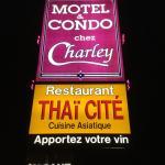Hotel Pictures: Motel Et Condo Chez Charley, Sainte-Anne-de-Beaupré