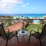 Foto Hotel: Top View One-bedroom condo - P514, Palm-Eagle Beach