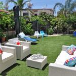 Hotel Pictures: Ameli Beach House, Meneou