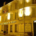 Hotel Pictures: Hôtel De La Banniere De France, Laon