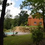 Hotel Pictures: La Colline des Endrevies, Saint-André-d'Allas