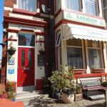 Lindisfarne Holiday Apartments - Families & Couples Only, Blackpool