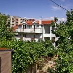 Sweet green apartment with garden, Split