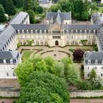 Hotel Pictures: Espace Bernadette Soubirous Nevers, Nevers
