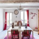 Hotel Pictures: La Maison du Jardin de L'Ange - Chambre d'Hotes, Pézenas