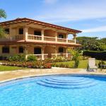 Condominium Villas Venado, Paraíso