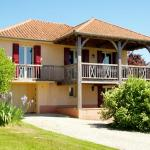 Hotel Pictures: Le Pavillon, Saint-Médard-d'Excideuil