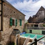 Hotel Pictures: Holiday Home Coubjours 12P, Coubjours