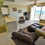 411 Destin West Gulfside Apartment, Fort Walton Beach