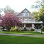 Dakotah Rose Bed and Breakfast,  Minot