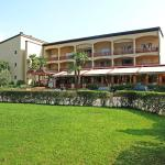 Hotel Pictures: Parcolago (Utoring) 5, Caslano