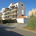 Hotel Pictures: Les Orphies 1, Pontaillac