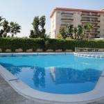 Hotel Pictures: CYE Marina, La Pineda