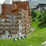 Hotel Pictures: Apartment Boedette II Les Menuires, Les Menuires
