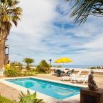 Hotel Pictures: Holiday home Camino Real Icod de Los Vinos, El Amparo