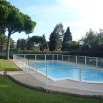 Hotel Pictures: Jardins du Port 1, La Garonnette-Plage