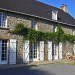 Hotel Pictures: Holiday home Le Chene Foudrier Montpinchon, Montpinchon