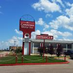 Hotel Pictures: Canadian Motor Inn, Grande Prairie