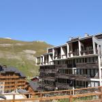 Hotel Pictures: Le Pramecou 3, Tignes