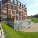 Hotel Pictures: Apartment Pleine Mer St Pierre en Port, Saint-Pierre-en-Port