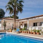 Hotel Pictures: Casa Mesita, LAmetlla de Mar
