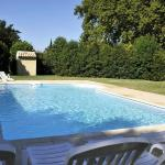 Hotel Pictures: Holiday home Les Tilleuls Cabannes, Cabannes
