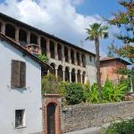 Hotel Pictures: Passera, Ponte Cremenaga