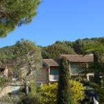 Hotel Pictures: Apartment Les Tuyas St Cyr sur Mer, La Madrague