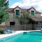 Hotel Pictures: Colts Hill Cottage, Villeneuve-de-Duras
