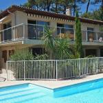 Hotel Pictures: Holiday home Hameau Point du Jour Lacanau, Lacanau
