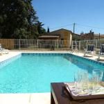 Hotel Pictures: Holiday home Marguerite Bedoin, Les Maridats