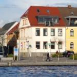 Hafenblick,  Waren