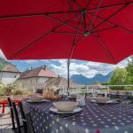 Hotel Pictures: L'Ancien Prieure, Talloires