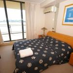 Homebush Bay Self-Contained Modern Two-Bedroom Apartment (57 BEN),  Sydney