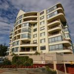 Hotellbilder: North Ryde Fully Self Contained Modern Two Bedroom Apartment 48 Font, Ryde