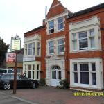 Hotel Pictures: Thorpe Lodge Hotel, Peterborough