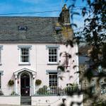 Cnapan Guest House,  Newport