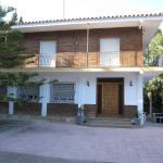 Hotel Pictures: ApartBeach Villa MontMar, Tarragona