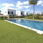 Hotel Pictures: Villa Blanca, Arenal den Castell